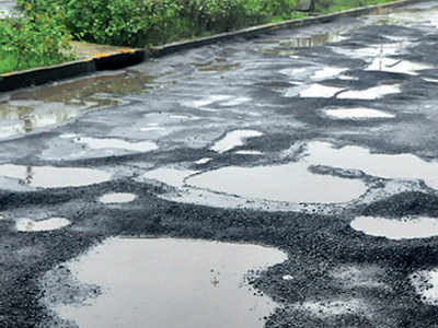 Now, AMC cracks whip against, issues 81show cause notices to 26 erring road engineers