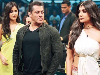 Spotted: Salman Khan with Katrina Kaif and Shilpa Shetty Kundra