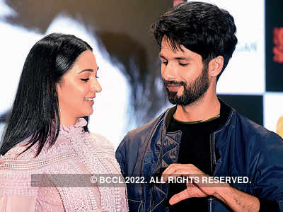 Shahid Kapoor, Kiara Advani spotted promoting Kabir Singh