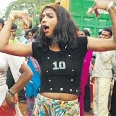 TN declares eunuchs '˜third gender'