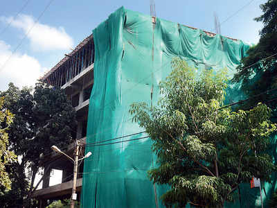 Residents blame BBMP for violation of bylaws