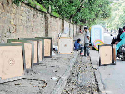 Games people play: Carrom gets the show on the road