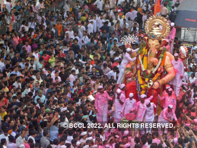 Ganesh Chaturthi 2019: Here are some wishes, messages, quotes, WhatsApp and Facebook status to share with your friends and family