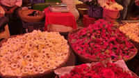 Exotic blooms add aroma to Diwali festivities