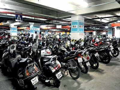 Bike stolen from Garuda Mall parking lot