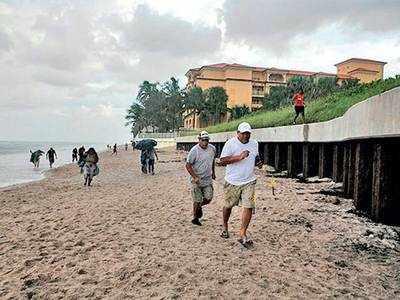 Monstrous storm batters Bahamas