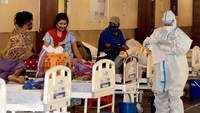 Delhi: Banquet Hall converted into Covid-19 care facility