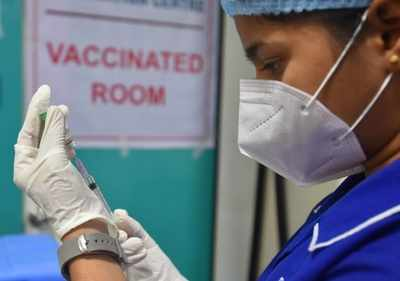 Panvel: COVID vaccination drive temporarily halted due to shortage of vaccine doses