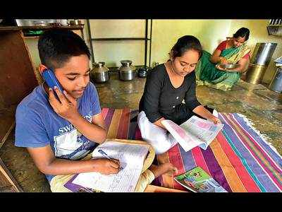 Academicians not too pleased with state govt's decision to slash syllabus by 25%