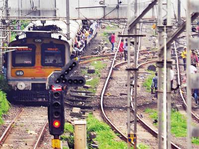 central railway: CR motormen upset over 'arbitrary' new