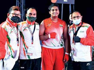 Eight Indian boxers storm into the finals at AIBA Youth Worlds