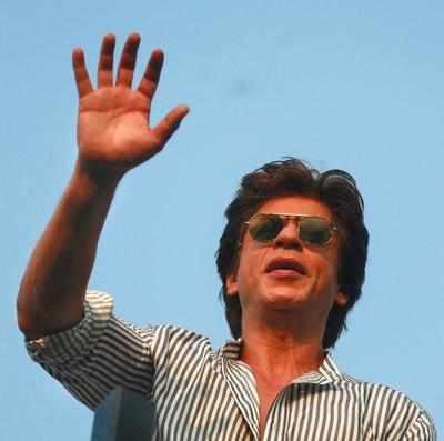 'You may be a superstar, but have you bought Alibaug?,' Maharashtra MLC shouts at Shah Rukh Khan