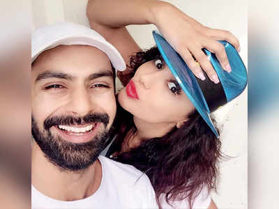Ashmit Patel proposes to ladylove Maheck Chahal; couple to wed later this year in Europe