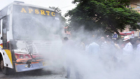 APSRTC bus collides with two auto-rickshaws, one killed