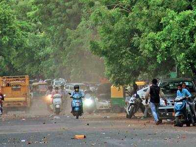 Dust, strong winds leave Amdavadis frazzled
