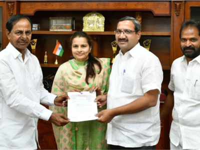 Donations begin in Andhra Pradesh, Telangana to fight coronavirus