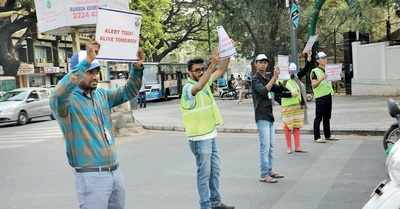 Bengaluru: Students take to the streets to raise awareness about traffic rules and pollution