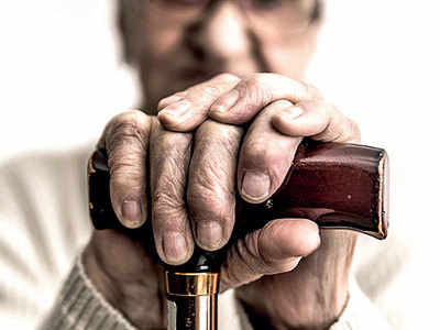 China rolls out drug to treat Alzheimer's disease