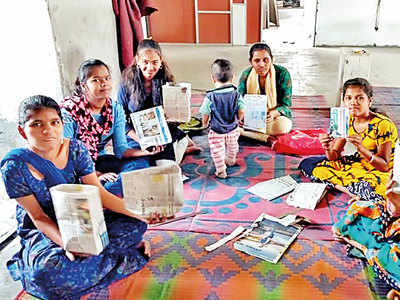 Recycled waste helps women make money