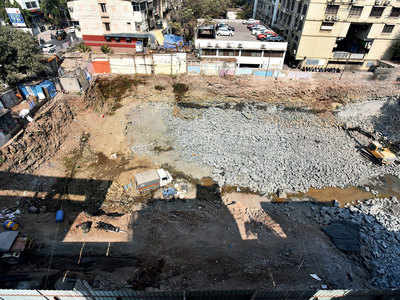 Blasts at FC Rd mall site create cracks in surrounding lives