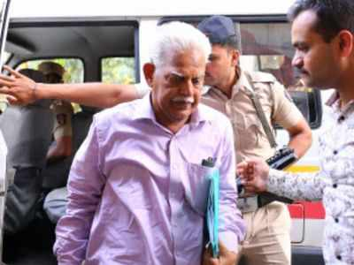 Revolutionary writer Varavara Rao admitted to Mumbai hospital, family rushes