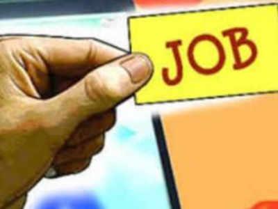 32 lakh apply for 32,000 Maharashtra government jobs