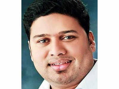 MNS Ambernath vice-president killed