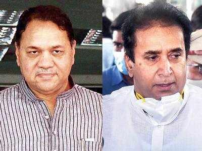 Maha home min quits as HC orders probe