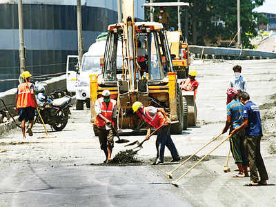 BMC to return 50% cash deposit to contractors