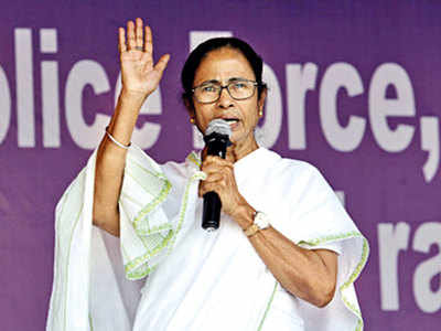 Should West Bengal CM Mamata Banerjee wage a war against CBI over a scam probe?