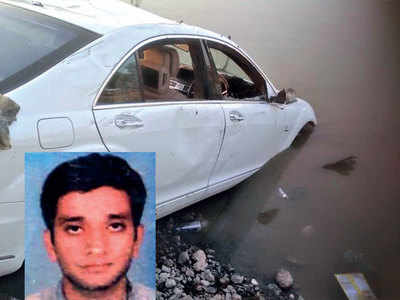 One dead as Merc plunges into lake in G'nagar village