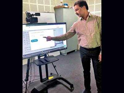 SPPU to centrally monitor colleges teaching online
