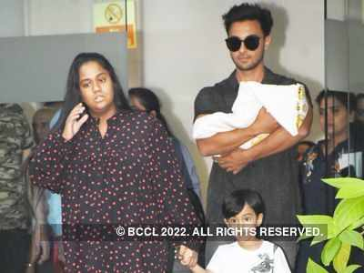 Photos: Arpita Khan Sharma returns home with baby girl Ayat