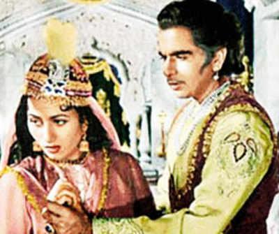 K Asif And Dilip Kumar Sister Dilip Kumar's sister r...