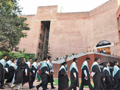 IIM Ahmedabad's Fellow Programme in Management batch sets an example in gender equity