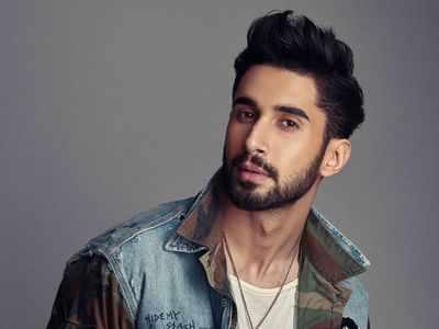 Karan Johar casts newcomer Lakshya in 'Dostana 2'