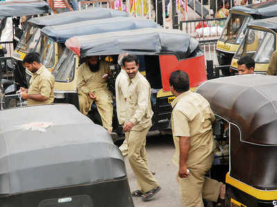 Pune autorickshaws will be mandated to install GPS