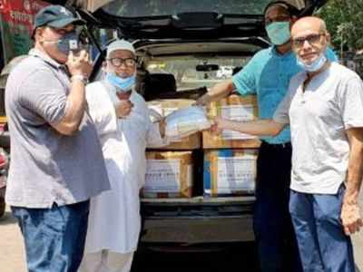 Interior designer Aakif Habib donates surgical masks for doctors, healthcare workers