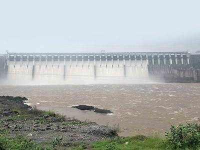 Brimming Narmada has city beaming
