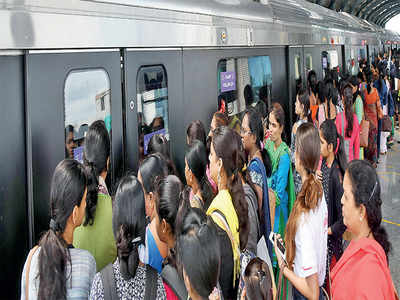 Namma Metro guards leave women defenceless