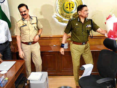 As new Mumbai police commissioner, Parambir Singh stays transfer orders issued by predecessor Sanjay Barve