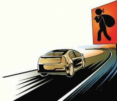 Marathi TV actor robbed of Rs 50,000 by SUV driver on E-way