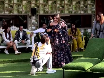 Watch: Asim Riaz goes down on one knee; proposes to Himanshi Khurana on Bigg Boss 13