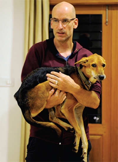 In pursuit of puppy-ness: Swiss diplomat finds his mongrel, after 2 months