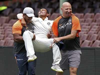 India vs Australia Test Series 2018: Injured Prithvi Shaw ruled out of first test
