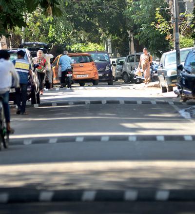 3ea370173 Bengaluru  4 illegal speed-breakers in a 50-m stretch in RT Nagar