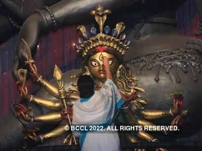 West Bengal gears up to fight COVID-19 amid Durga Puja