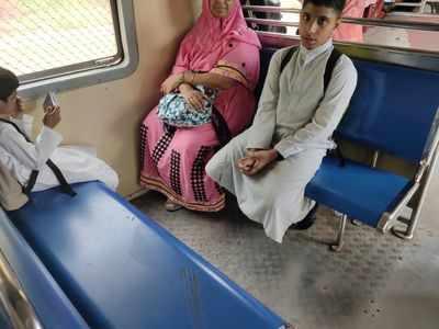 Women commuters find soiled seat in Belapur-CSMT Harbour line train