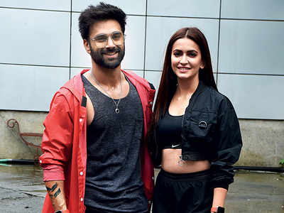 Kriti Kharbanda: I think Pulkit Samrat and I look great together