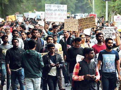 CAA, NRC shadow looms large on Savitribai Phule Pune University convocation